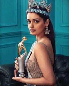 Manushi Chhillar in Filmfare style and glamour awards