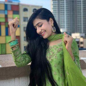 Dhanashree Verma Career and Profession