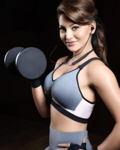Urvashi Rautela Physical appearance and workouts