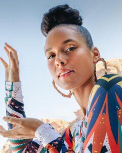 Alicia Keys is beautiful black women