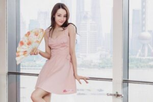 Dilraba Dilmurat is asian beautiful women