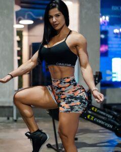 Eva Andressa female fitness model