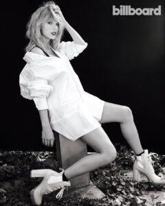 Taylor Swift got a sexy legs