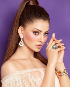 Urvashi Rautela is asian beautiful women