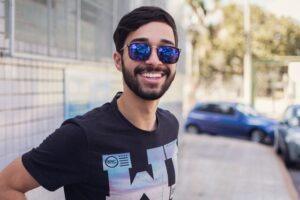 How to Get Rid of Beard Dandruff – 7 Best Ways